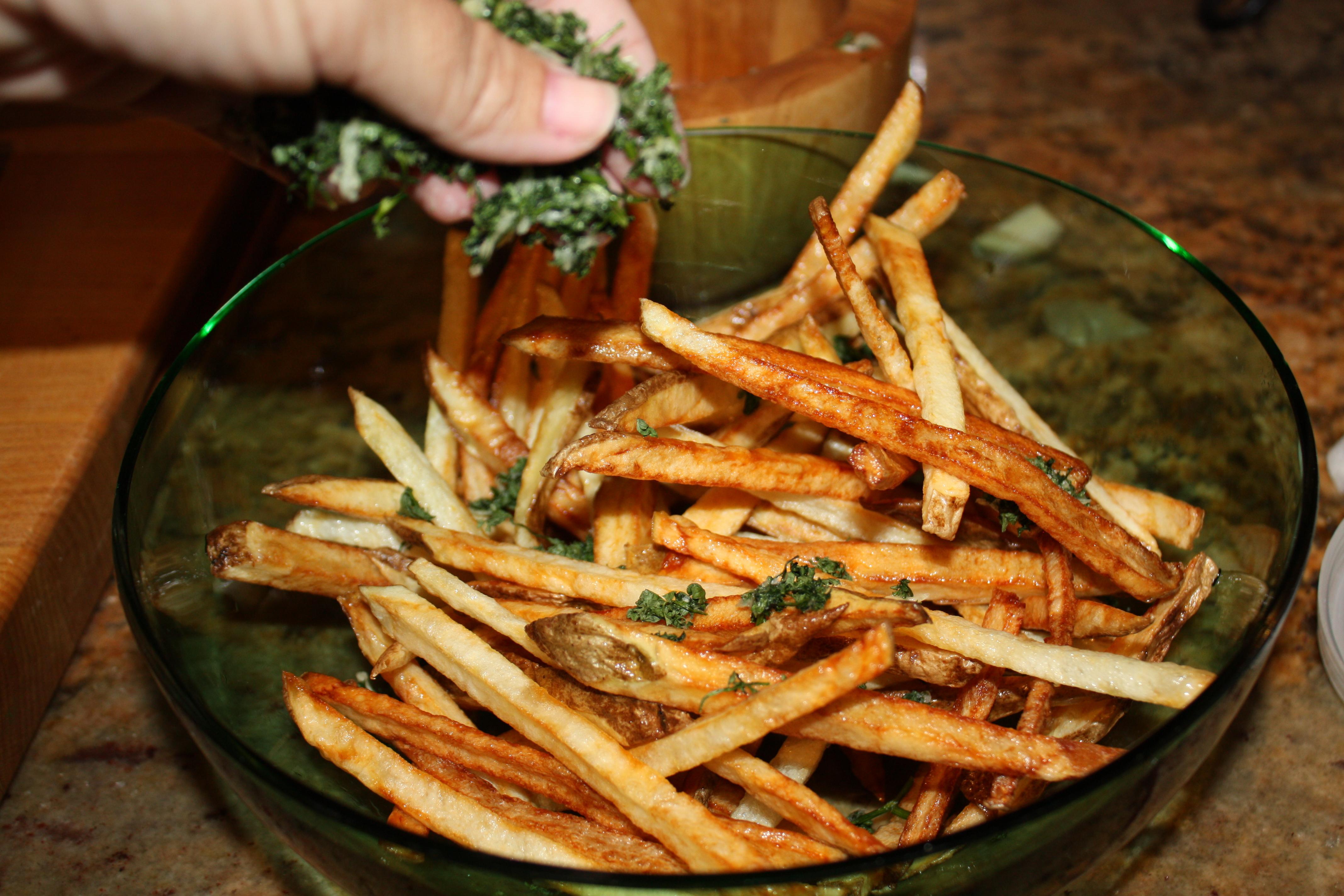 how to make white truffle fries